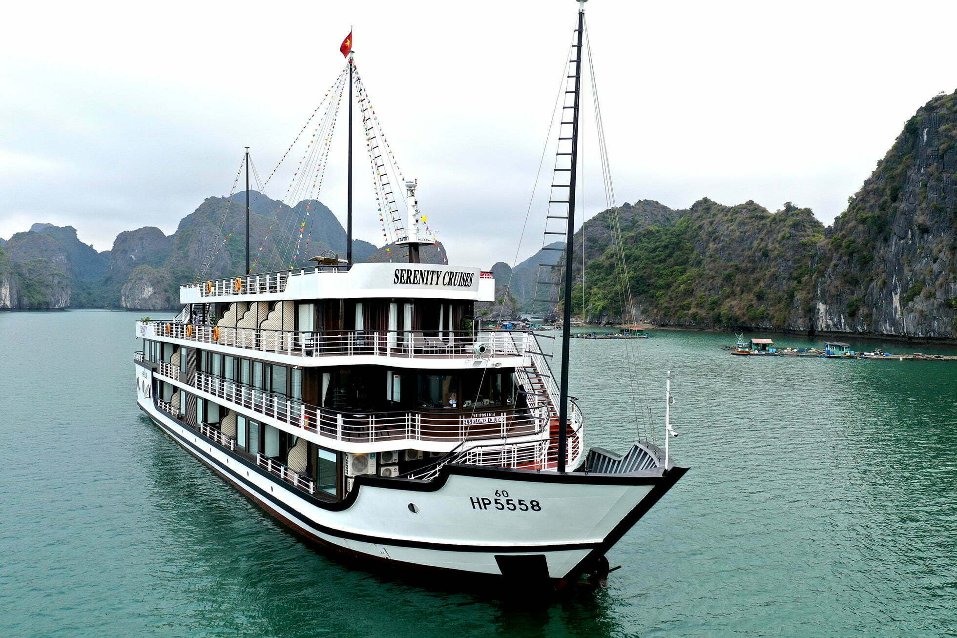 Halong Bay 3 days 2 nights | Lan Ha Bay 3 days 2 nights Serenity Cruises