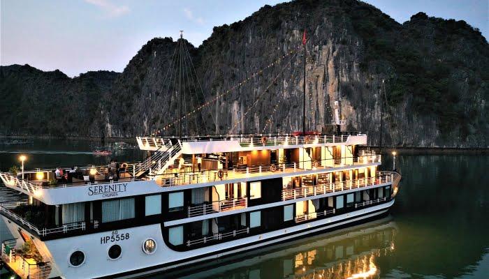 Lan Ha Bay 2 day 1 night | Halong Bay 2 day 1 night Serenity Cruises