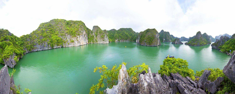 Ba Ham Lake Halong Bay