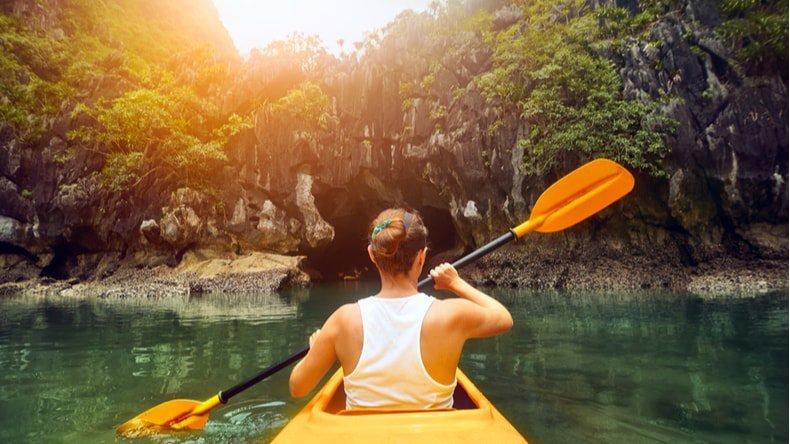 Kayaking in Ba Ham lake