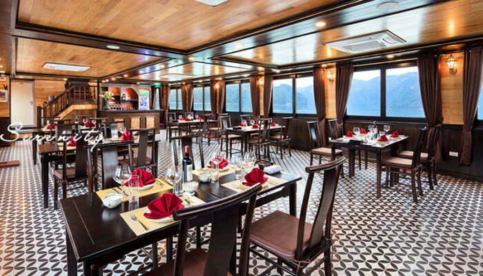 Du thuyền Serenity Premium | Tour Vịnh Lan Hạ 1 ngày